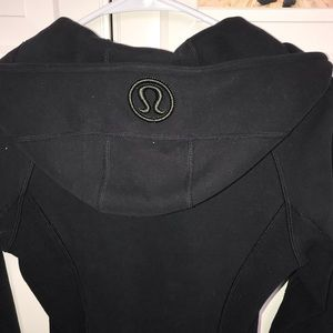Lulu lemon jacket in perfect condition worn once